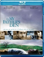 In My Fathers Den (2004) Poster