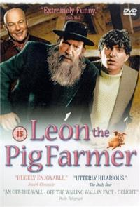 Leon The Pig Farmer (1993) 1080p Poster